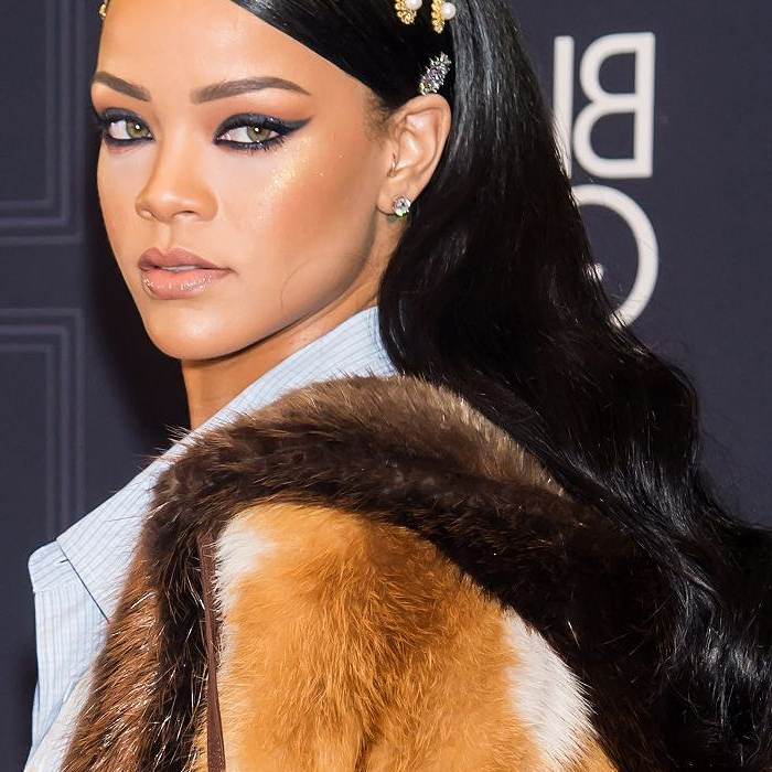 20 Rihanna Hairstyles We'll Never Ever Get Over For Rihanna Long Hairstyles (View 23 of 25)