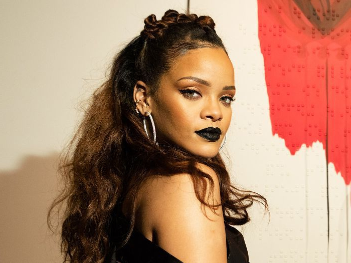 20 Rihanna Hairstyles We'll Never Ever Get Over Regarding Rihanna Long Hairstyles (View 4 of 25)