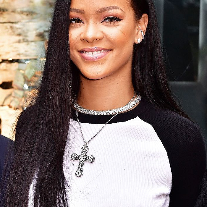 20 Rihanna Hairstyles We'll Never Ever Get Over With Regard To Rihanna Long Hairstyles (View 11 of 25)