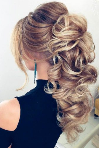 Featured Photo of Gorgeous Waved Prom Updos For Long Hair