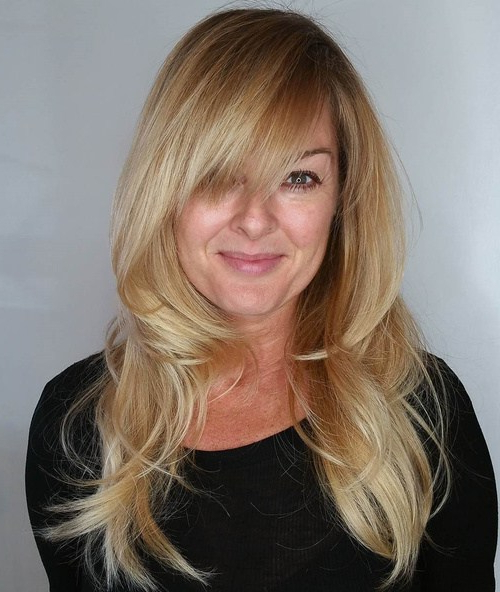 21 Cute, Effortless Long Hairstyles With Bangs And Layers Inside Effortlessly Layered Long Hairstyles (View 3 of 25)