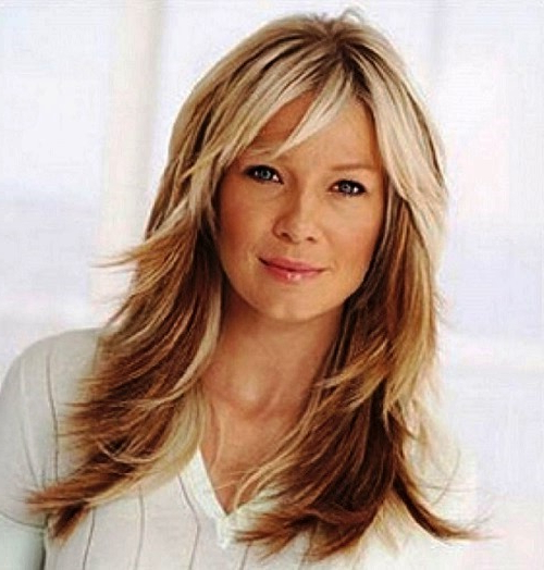 21 Flattering Long Hairstyles For Women Over 50 To Try Instantly Inside Long Hairstyles At (View 5 of 25)