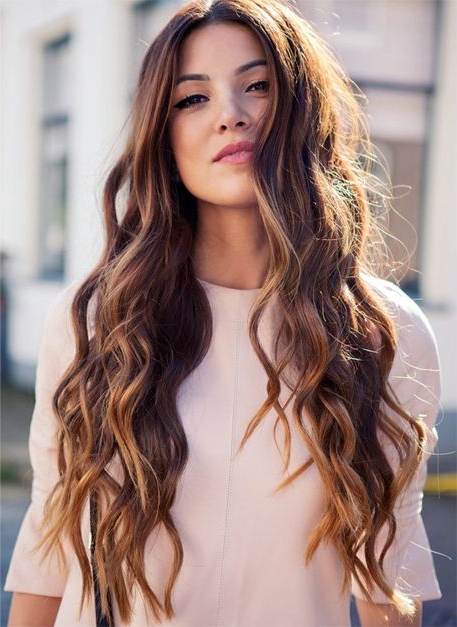 21 Most Beautiful Wavy Hairstyles For Women – Haircuts & Hairstyles 2019 Regarding Long Waves Hairstyles (View 6 of 25)