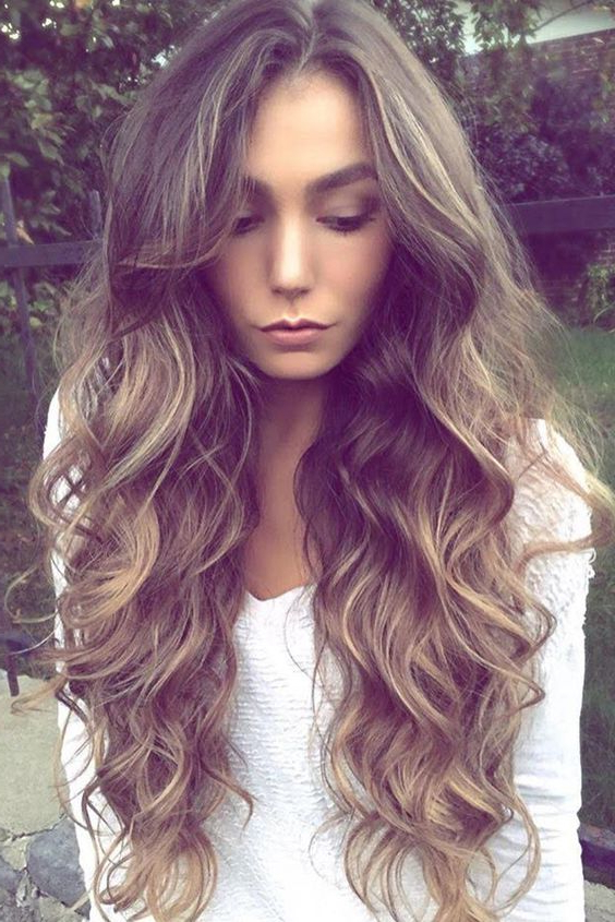 22 Easy And Cool Long Hairstyles For Summer – Haircuts & Hairstyles 2019 Regarding Summer Long Hairstyles (View 7 of 25)