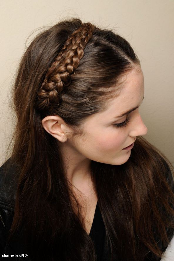 23 70S Inspired Hairstyles | Styles Weekly With Regard To Long Hairstyles With Headbands (View 24 of 25)