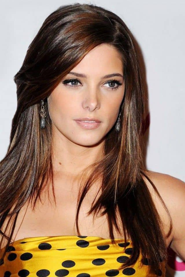 23 Alluring Side Bangs On Long Hair 2019 – Hairstylecamp Within Long Haircuts With Side Fringe (View 9 of 25)