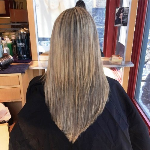 23 Long Hairstyles To Get A Perfect Look This Season Inside Classy Layers For U Shaped Haircuts (View 13 of 25)