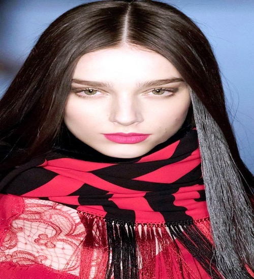 23 Long Hairstyles To Get A Perfect Look This Season Pertaining To Sleek, Straight Tresses For Long Hairstyles (View 24 of 25)