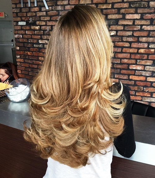 23 Long Hairstyles To Get A Perfect Look This Season Throughout Layered With A Flip For Long Hairstyles (View 6 of 25)