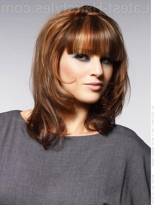 23 Perfect Medium Hairstyles For Square Faces (Popular For 2019) Regarding Long Hairstyles For Square Faces With Bangs (View 14 of 25)