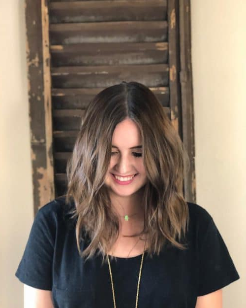 23 Perfect Medium Hairstyles For Square Faces (Popular For 2019) Throughout Long Hairstyles Square Face (View 18 of 25)