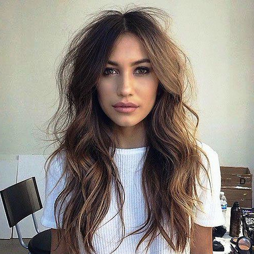 23 Terrific Long Hairstyles For Thin Hair To Add More Volume Intended For Long Hairstyles Thin Hair (View 24 of 25)