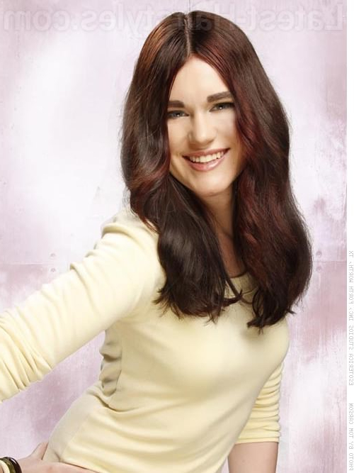 24 Flattering Middle Part Hairstyles In 2019 For Long Hairstyles Parted In The Middle (View 24 of 25)