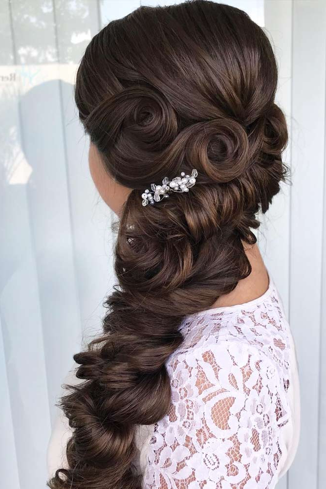 24 Stunning Prom Hairstyles For Long Hairs – My Stylish Zoo With Regard To Long And Loose Side Prom Hairstyles (View 16 of 25)