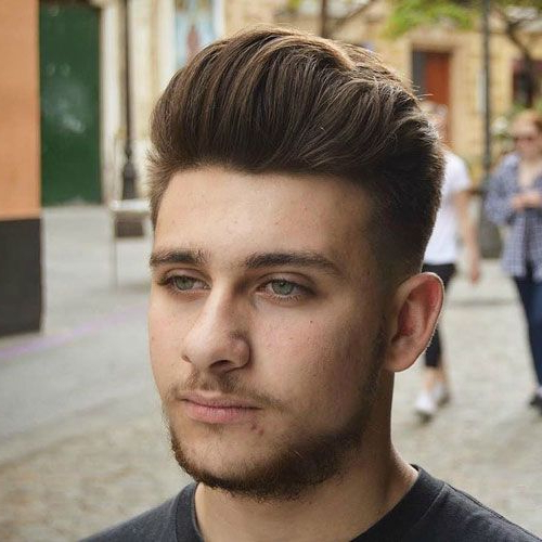 25 Best Haircuts For Guys With Round Faces (2019 Guide) | Best With Long Hairstyles For Round Face Man (View 5 of 25)