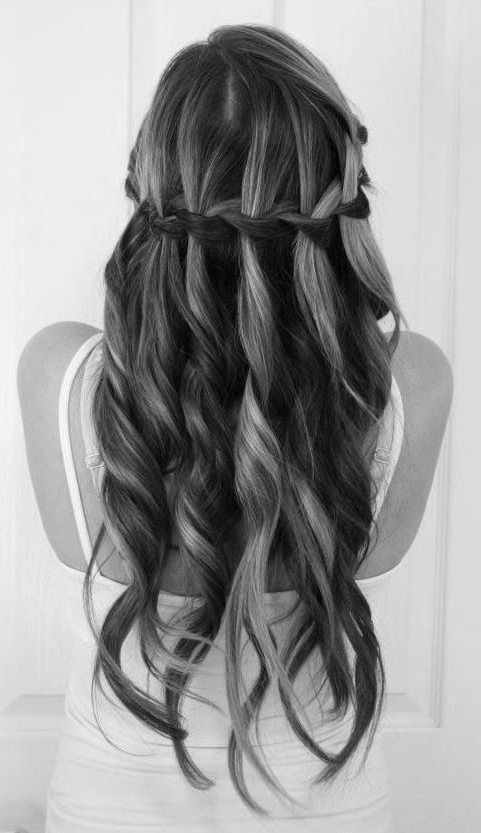 25 Best Long Hairstyles For 2019: Half Ups & Upstyles Plus Daring Inside Long Hairstyles Upstyles (View 3 of 25)