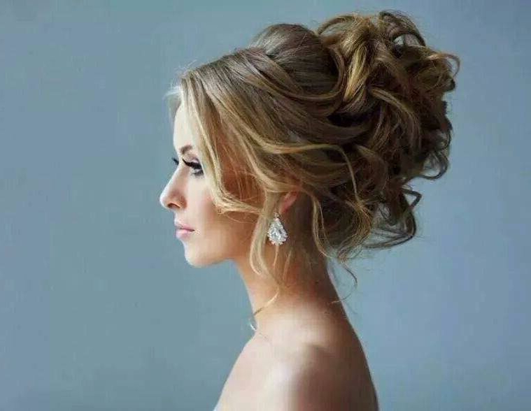 25 Best Prom Updo Hairstyles | Gorgeous Updos | Prom Hair Updo With Big Curly Bun Prom Updos (View 2 of 25)