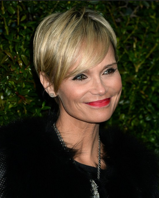 25 Easy Short Hairstyles For Older Women – Popular Haircuts With Regard To Long Haircuts For Older Ladies (View 16 of 25)