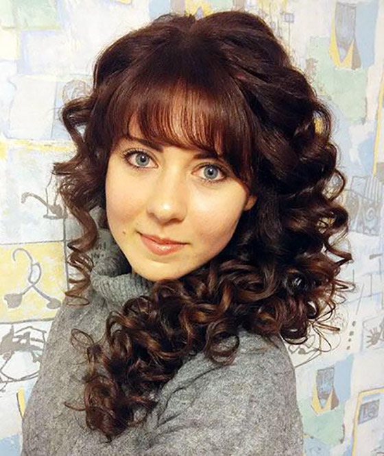 25 Hairstyles To Slim Down Round Faces Within Long Hairstyles For Chubby Face (View 16 of 25)