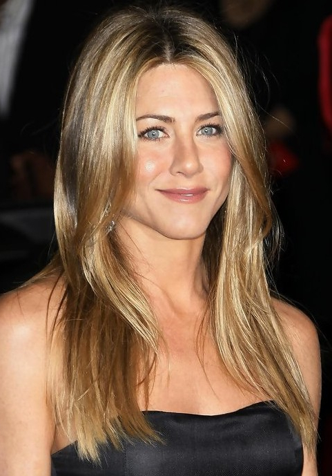 25 Jennifer Aniston Hairstyles Jennifer Aniston Hair Pictures With Long Layered Hairstyles Jennifer Aniston (View 16 of 25)