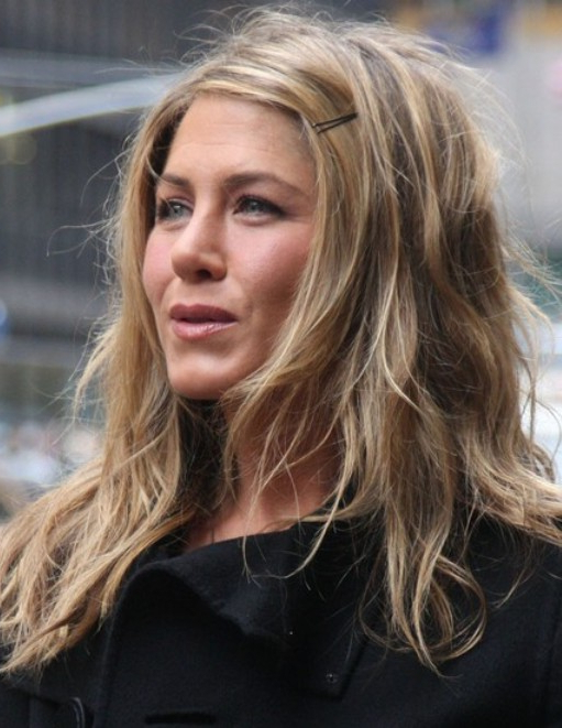 25 Jennifer Aniston Hairstyles Jennifer Aniston Hair Pictures With Long Tousled Layers Hairstyles (View 19 of 25)
