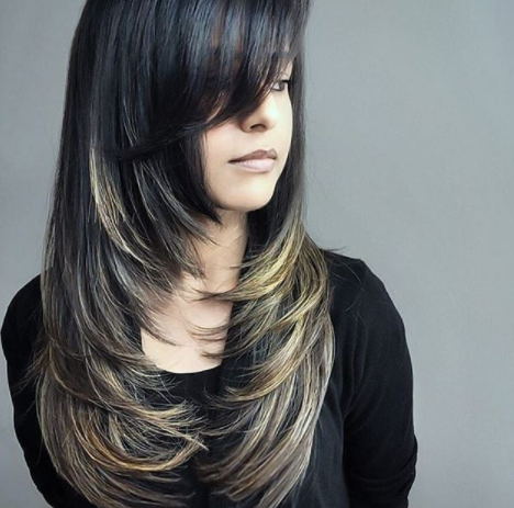 25 Long Haircuts That Add Volume And Texture To Thin Hair Types In Long Haircuts For Thin Hair (View 8 of 25)