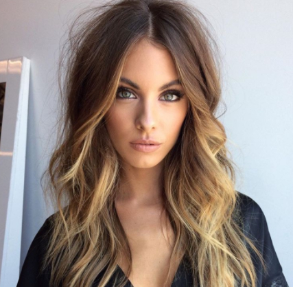 25 Long Haircuts That Add Volume And Texture To Thin Hair Types Throughout Long Haircuts For Thin Fine Hair (View 2 of 25)