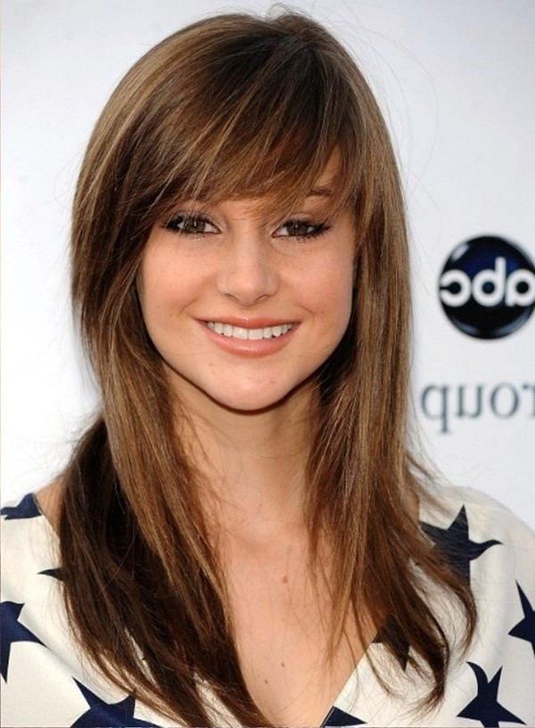 25 Most Superlative Medium Length Layered Hairstyles – Haircuts Intended For Medium Long Haircuts With Side Bangs (View 11 of 25)