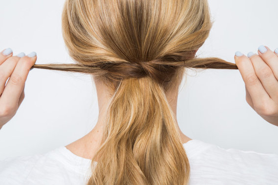 25 Pretty Bobby Pin Hairstyles Intended For Long Hairstyles Using Bobby Pins (View 14 of 25)