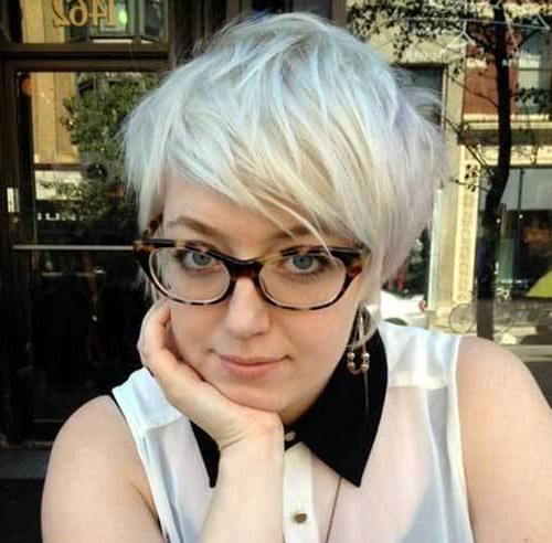 25 Pretty Short Hairstyles For Chubby Round Faces – Crazyforus Regarding Long Hairstyles For Fat Faces (View 21 of 25)