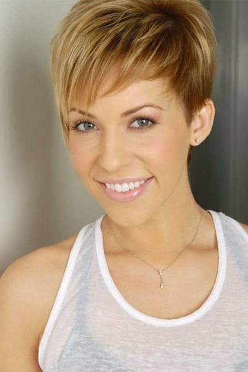 26 Best Short Haircuts For Long Face – Popular Haircuts With Long Hairstyles For Women With Long Faces (View 24 of 25)