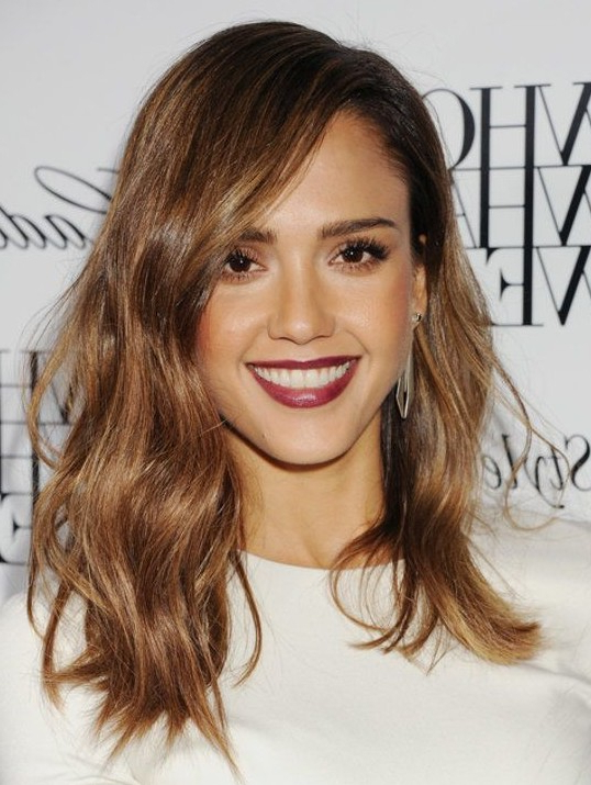 26 Jessica Alba Hairstyles – Popular Haircuts With Jessica Alba Long Hairstyles (View 10 of 25)