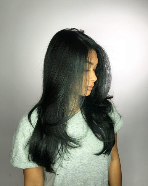 26 Prettiest Hairstyles For Long Straight Hair In 2019 With Regard To Long Haircuts For Straight Hair (View 18 of 25)