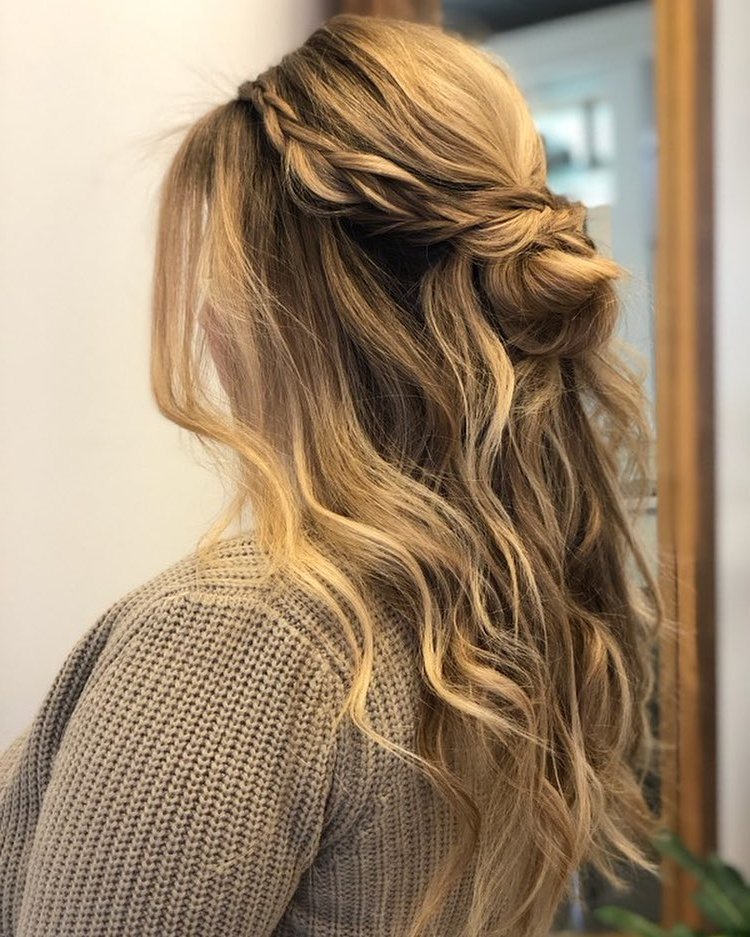 27 Gorgeous Wedding Hairstyles For Long Hair In 2019 Inside Long Hairstyles Wedding (View 14 of 25)