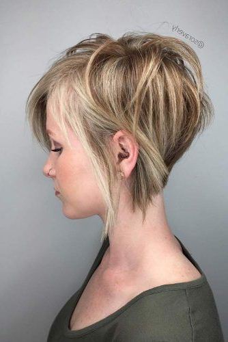 27 Ideas Of Wearing Short Layered Hair For Women | Lovehairstyles For Long Hairstyles With Short Layers (View 7 of 25)
