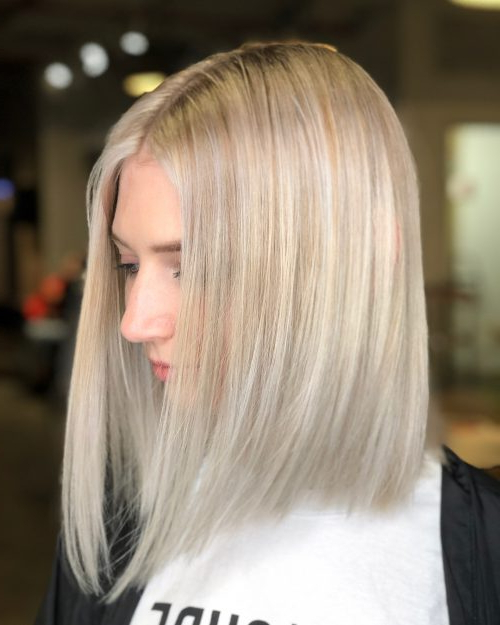 27 Incredible Lob Haircut Ideas For 2019 For Blonde Textured Haircuts With Angled Layers (View 17 of 25)