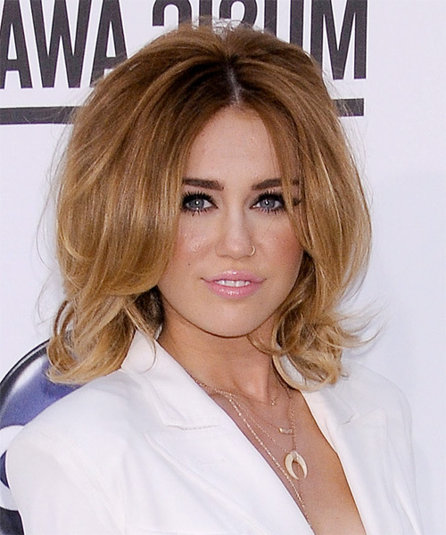 27 Miley Cyrus Hairstyles, Hair Cuts And Colors Throughout Miley Cyrus Long Hairstyles (View 25 of 25)