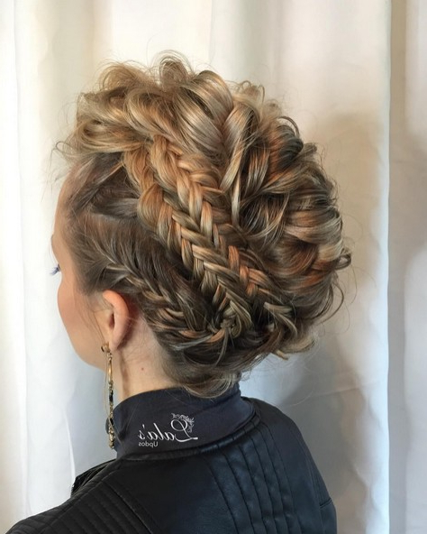 27 Super Trendy Updo Ideas For Medium Length Hair – Popular Haircuts Within Medium Long Updos Hairstyles (View 16 of 25)