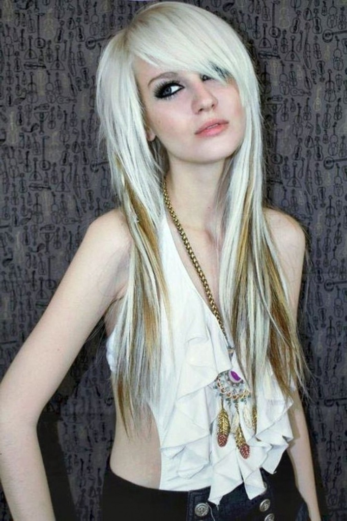 28+ Albums Of Edgy Long Hairstyle | Explore Thousands Of New Braids For Edgy Long Haircuts With Bangs (View 8 of 25)