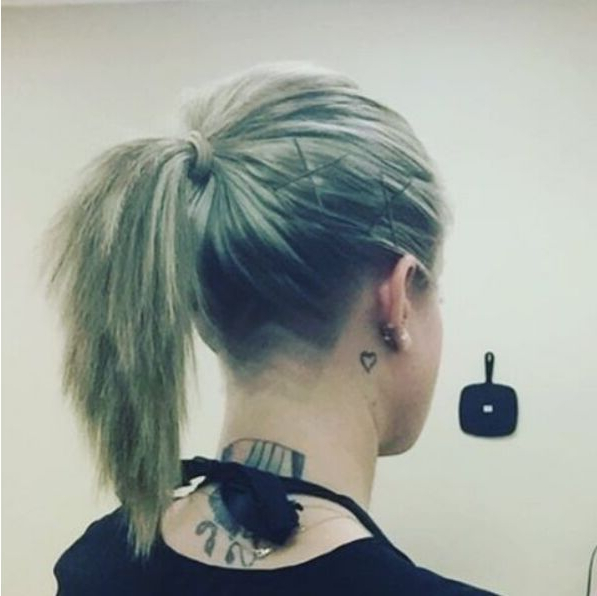 30 Awesome Undercut Hairstyles For Girls 2019 In Long Hairstyles Shaved Underneath (View 17 of 25)