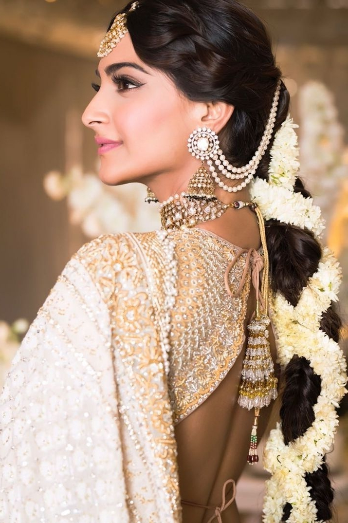30 Best Indian Bridal Hairstyles Trending This Wedding Season! – Blog Throughout Indian Bridal Long Hairstyles (View 13 of 25)
