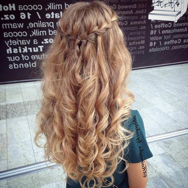30 Best Prom Hair Ideas 2019: Prom Hairstyles For Long & Medium Hair In Long Cascading Curls Prom Hairstyles (View 24 of 25)
