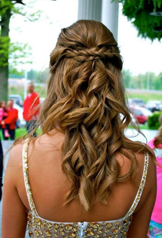 30 Best Prom Hair Ideas 2019: Prom Hairstyles For Long & Medium Hair Inside Long Hairstyles Down For Prom (View 22 of 25)