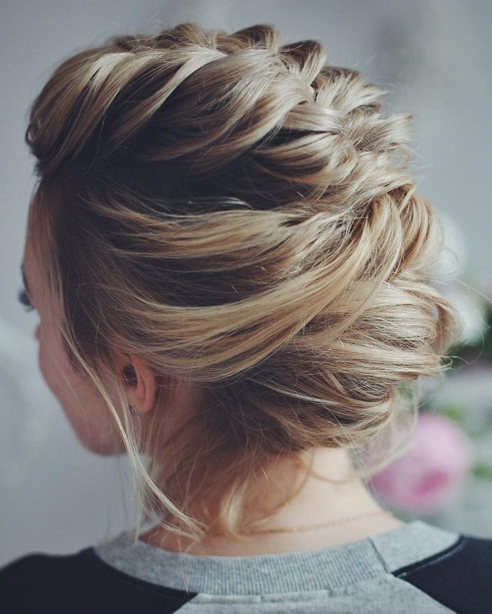 30 Charming And Dazzling Prom Updos For Women – Haircuts Regarding Side Bun Twined Prom Hairstyles With A Braid (View 8 of 25)