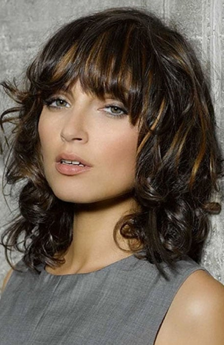 30 Easy Hairstyles For Short Curly Hair – The Trend Spotter With Messy Loose Curls Long Hairstyles With Voluminous Bangs (View 22 of 25)