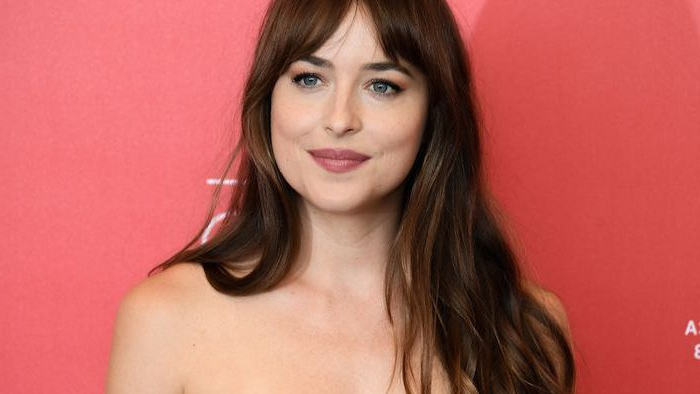 30 Gorgeous Examples Of Long Hair With Bangs With Regard To Long Hairstyles Layered With Fringe (View 22 of 25)