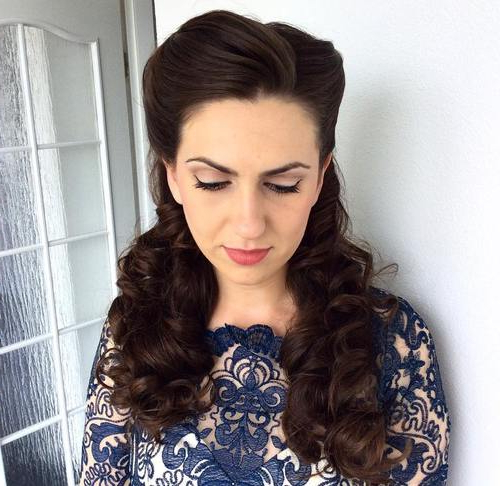 30 Iconic Retro And Vintage Hairstyles For Long Hair Vintage Styles (View 2 of 25)
