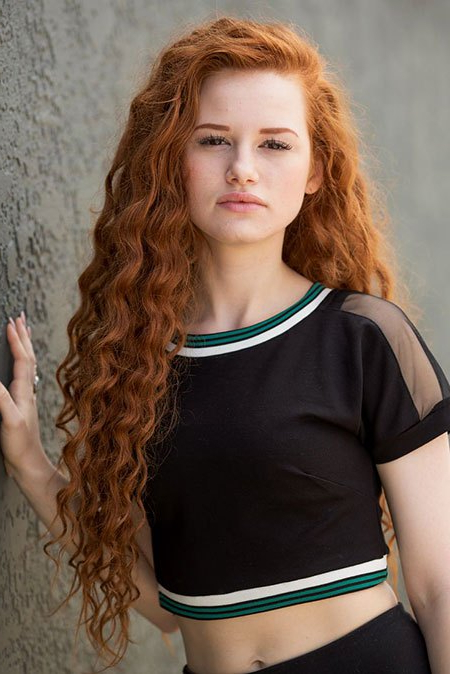 30 Long Curly Red Hairstyles – Hairstyle Fix Regarding Long Hairstyles Redheads (View 19 of 25)