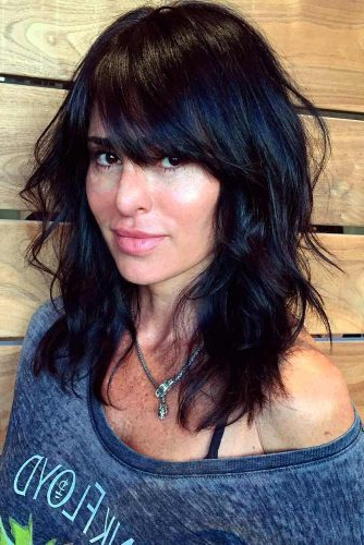 30 Medium Length Hairstyles Ideal For Thick Hair   Lovehairstyles Intended For Long Haircuts Thick Hair (View 12 of 25)