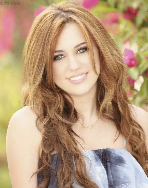 30 Miley Cyrus Hairstyles – Pretty Designs With Miley Cyrus Long Hairstyles (View 13 of 25)